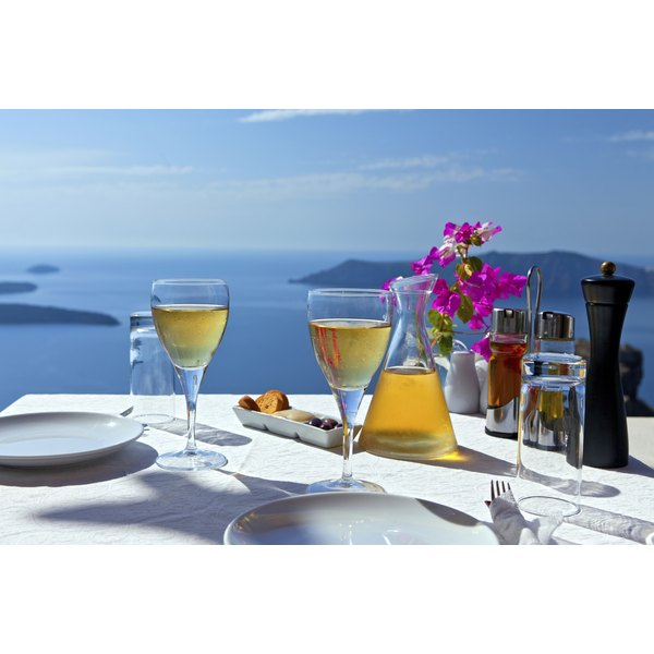 How To Set A Greek Table Synonym
