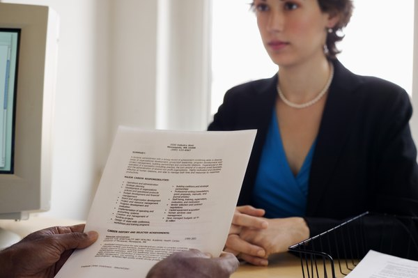 How to Write a Double Major on My Resume - Woman
