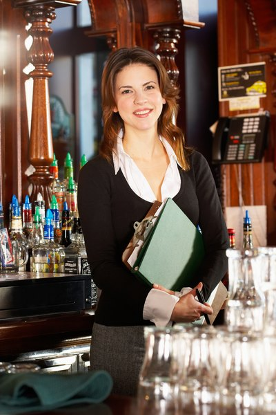 Beer  Wine Bar Manager Salary - Woman