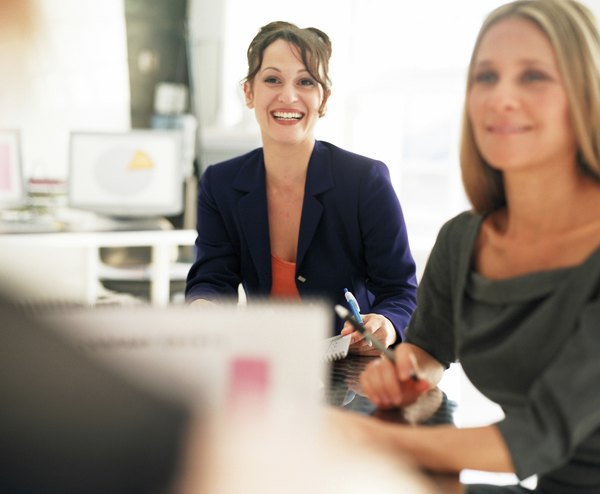 Job Responsibilities of a Fashion Editor - Woman