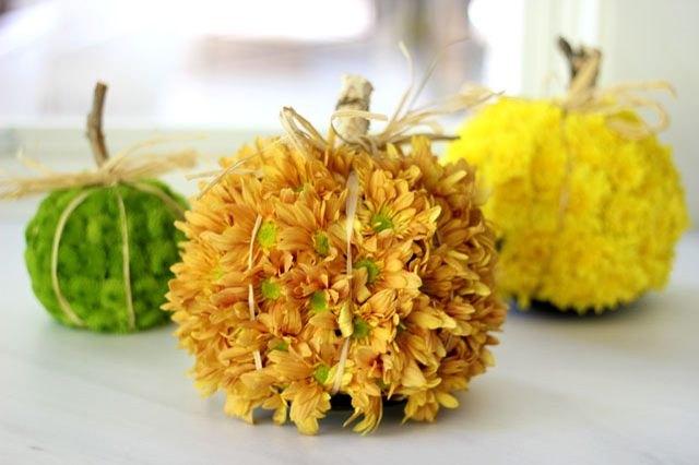 Pumpkin-flower arrangements
