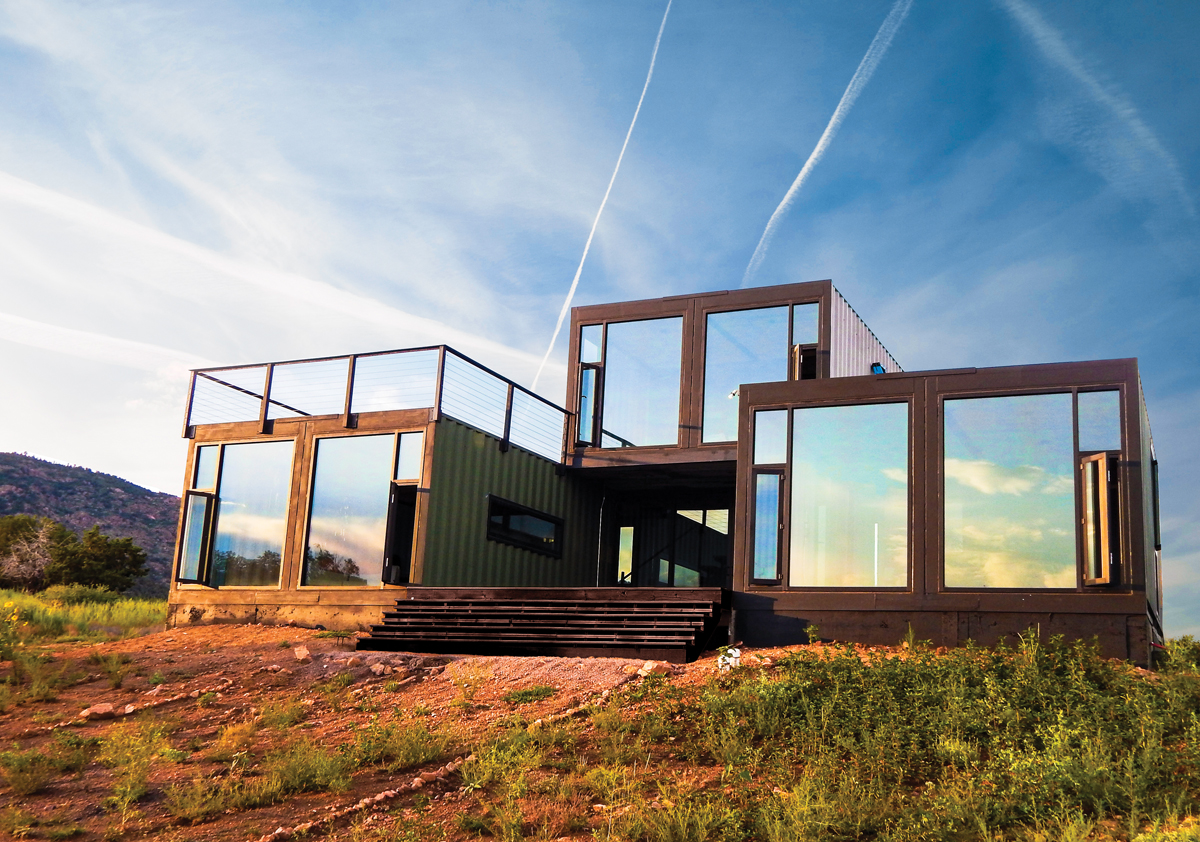 Table Bar De Salon The 20 Most Amazing Shipping Container Homes Brain Berries