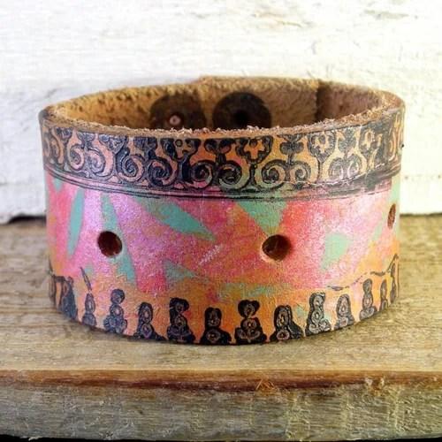 роспись кожи кожаные браслеты хендмейд