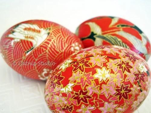 пасхальные яйца красных тонов