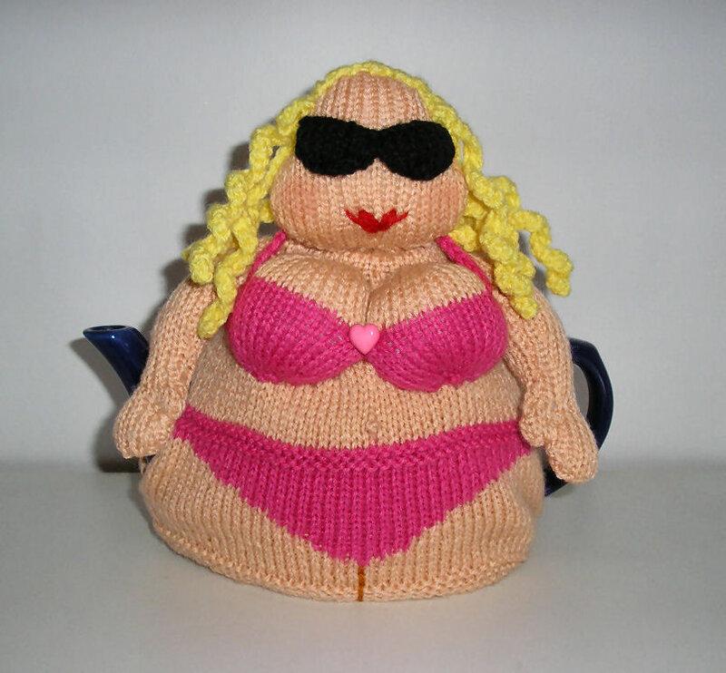 Вязаная кукла грелка на чайник своими руками 46