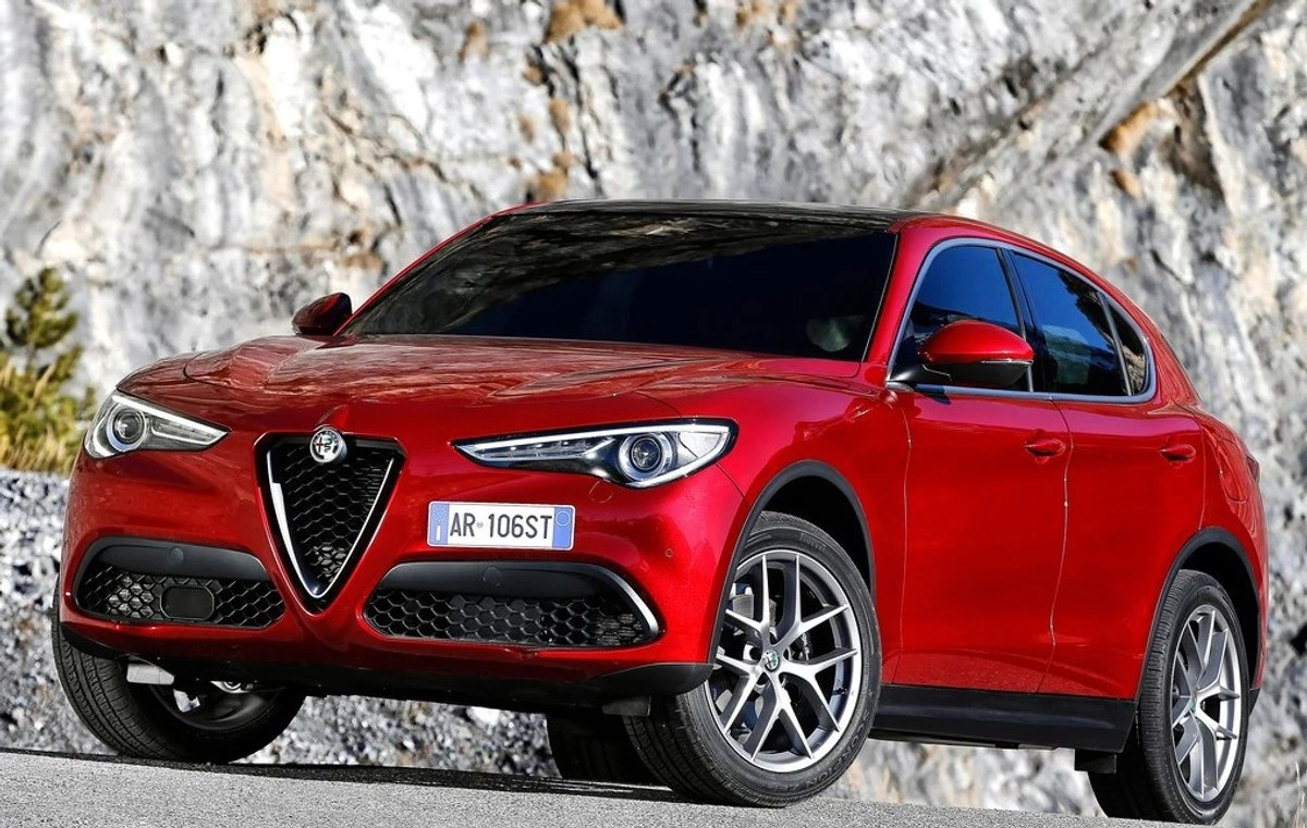 Alfa 147 Interieur Alfa Romeo Stelvio 2017 Specs Price Cars Co Za