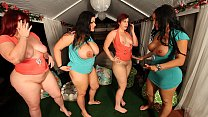 PAWG AND FRIENDS SHAKE ASSES