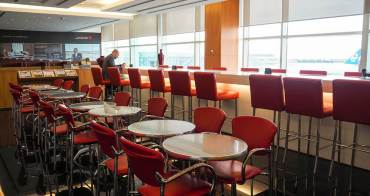 溫哥華國際機場⎮楓葉機場貴賓室 Maple Leaf Lounges