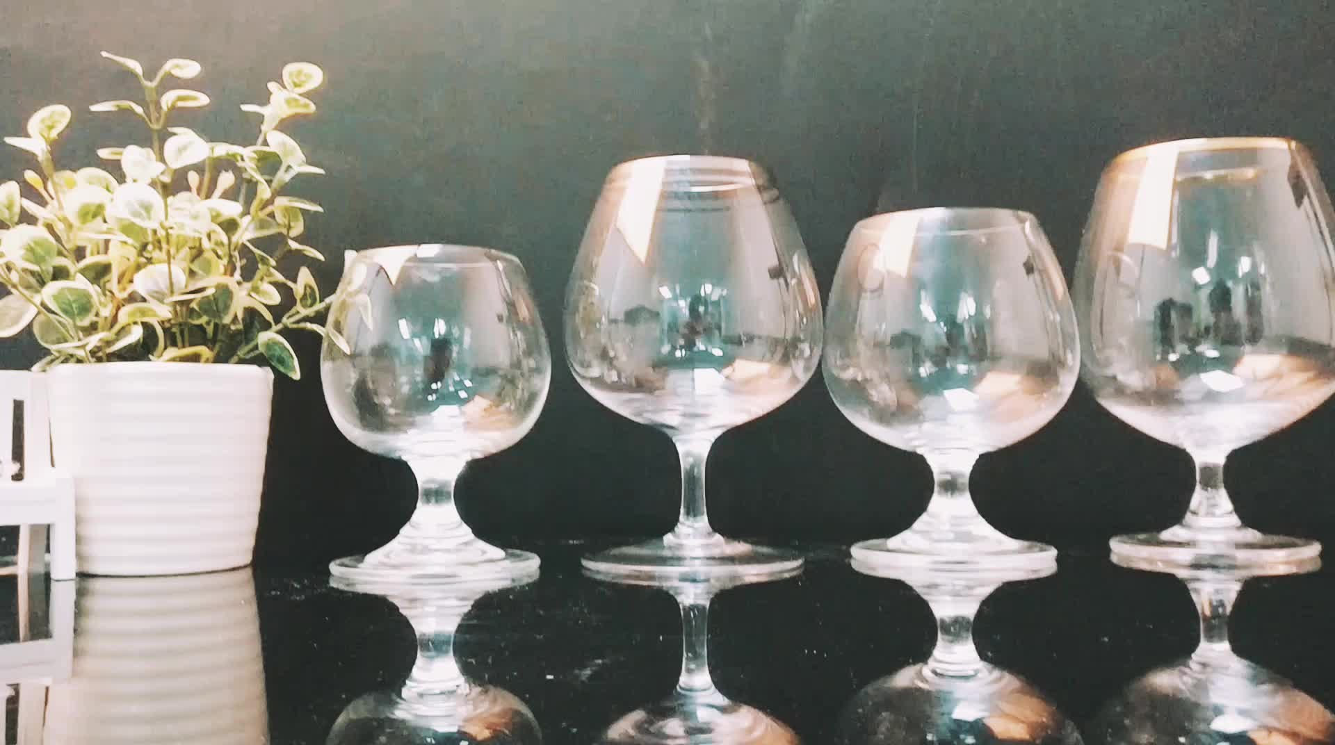 High Quality Wine Glasses High Quality Crystal Wine Glass Used For Banquet Juice