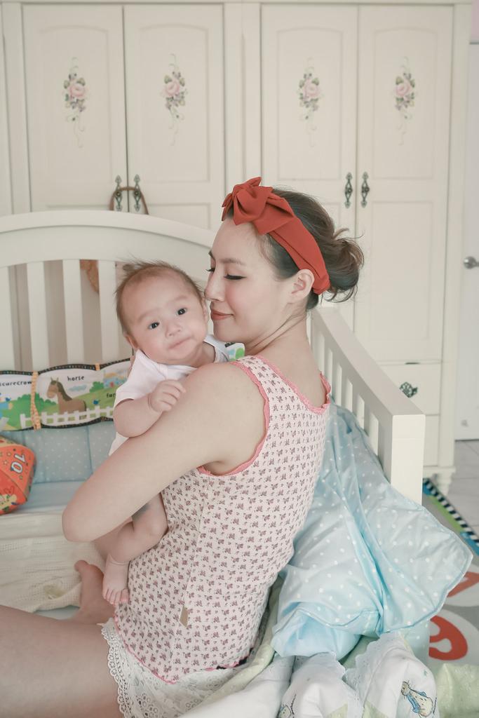 【育兒】寶寶願意讓妳抱多久……