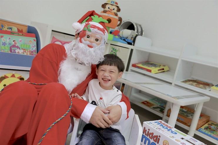 【 聖誕特輯】Merry X'mas之小Lu初次見到聖誕老公公