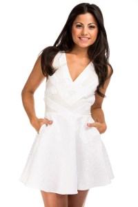 8 Fashion Tips for Petite Women Fashion