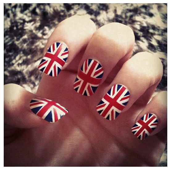 Flags 8 Diy Nail Art Techniques To Try Makeup