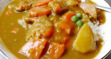 【台南美食】阿娟咖哩飯。保安路上澎湃又大氣的美味咖哩飯
