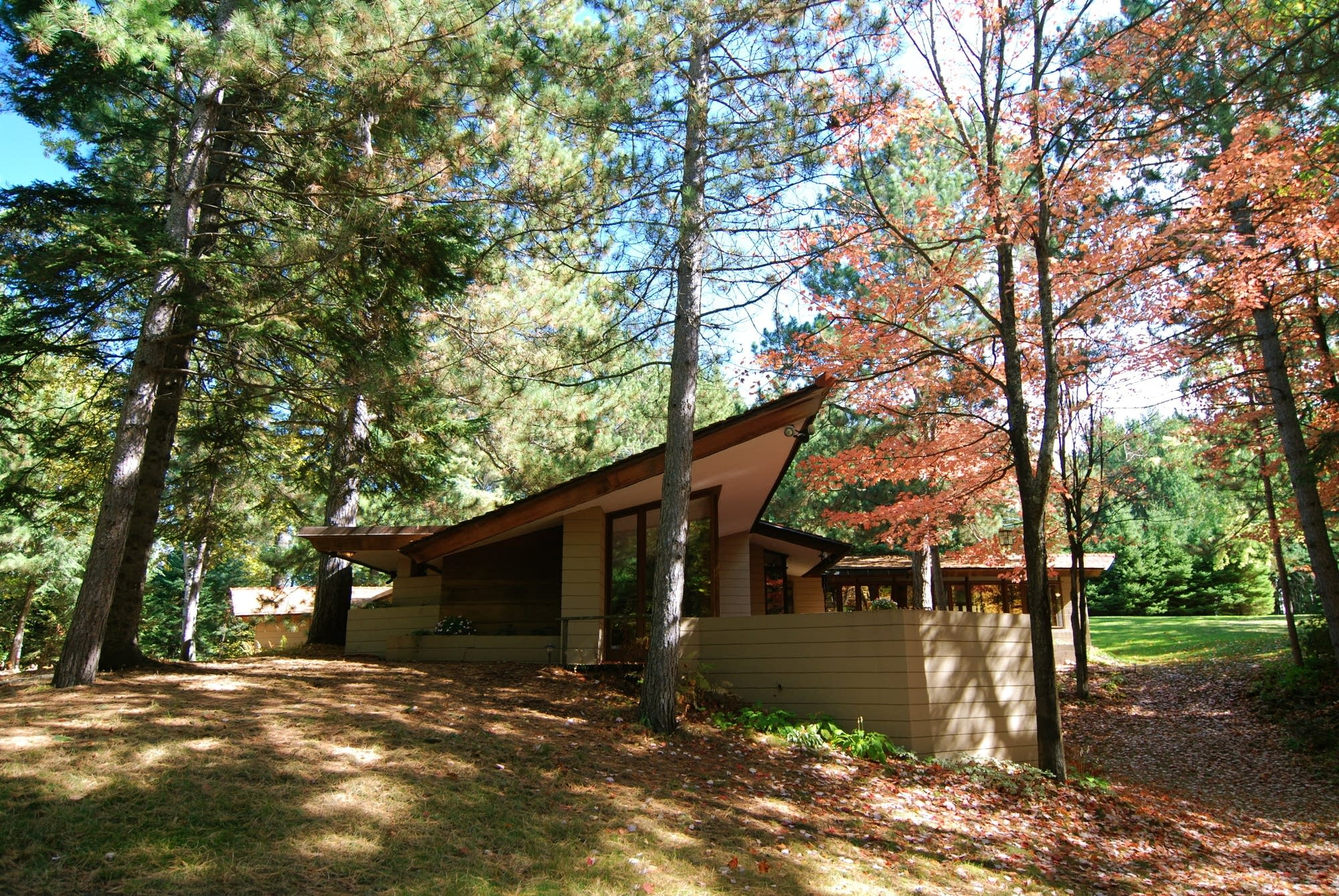 Frank Lloyd Wright Frank Lloyd Wright Designed House In Minn Moved Piece By Piece To