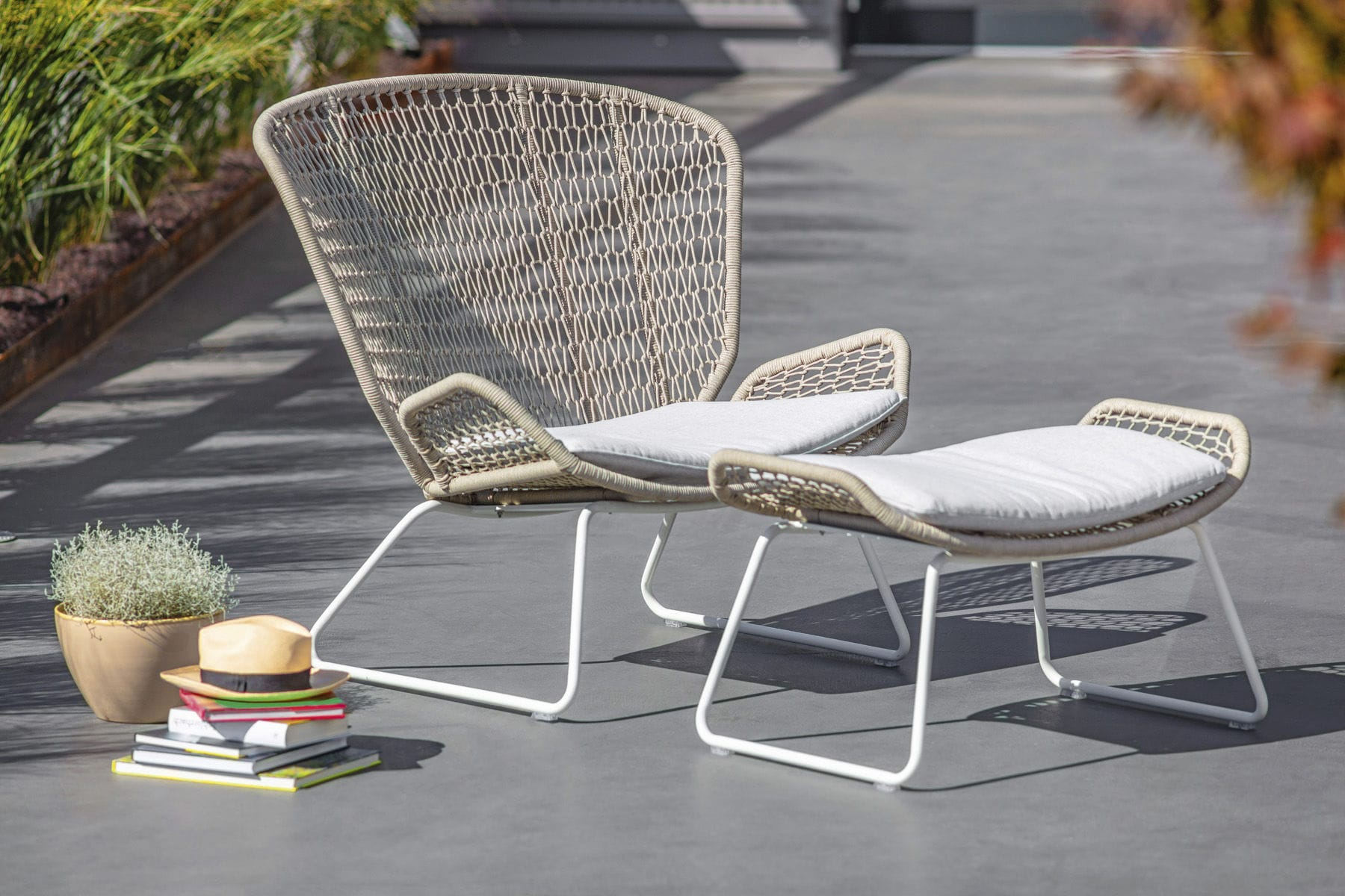 Outdoor Relaxsessel Contemporary Garden Chair High Back Aluminum Teak Wing