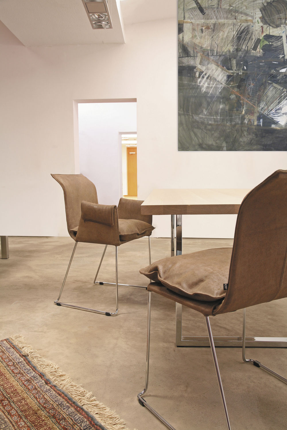 Kff Mexico Contemporary Visitor Chair With Armrests Upholstered