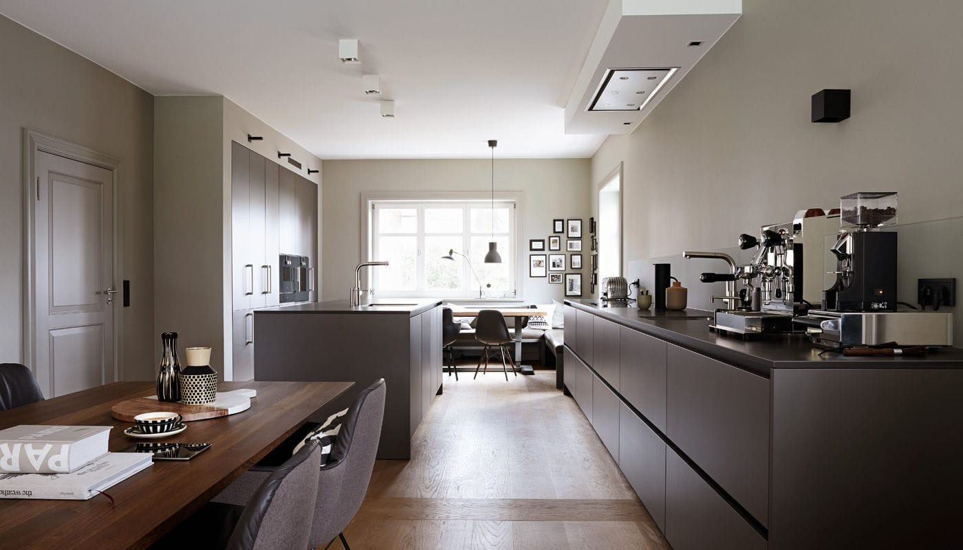 Kuchen Hamburg Contemporary Kitchen Laminate Stone Island House Hamburg