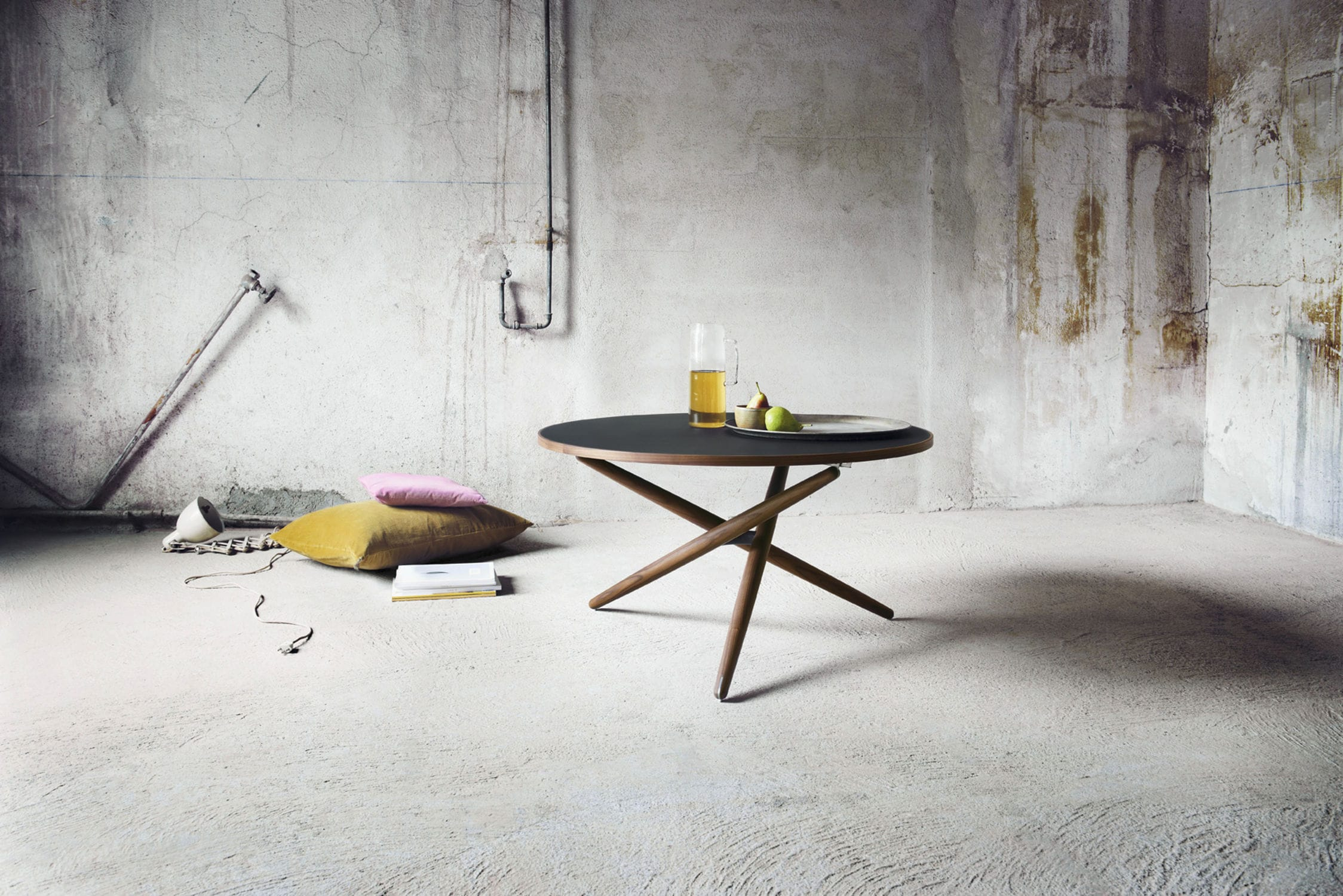 Linoleumboden Zürich Contemporary Dining Table Solid Wood Linoleum Round