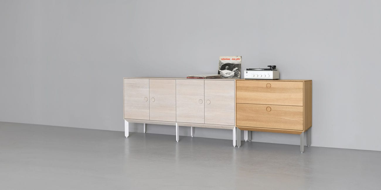 Holz Kommode Rot Hochbeiniges Sideboard Modern Holz Rot Kin Long By Mathias