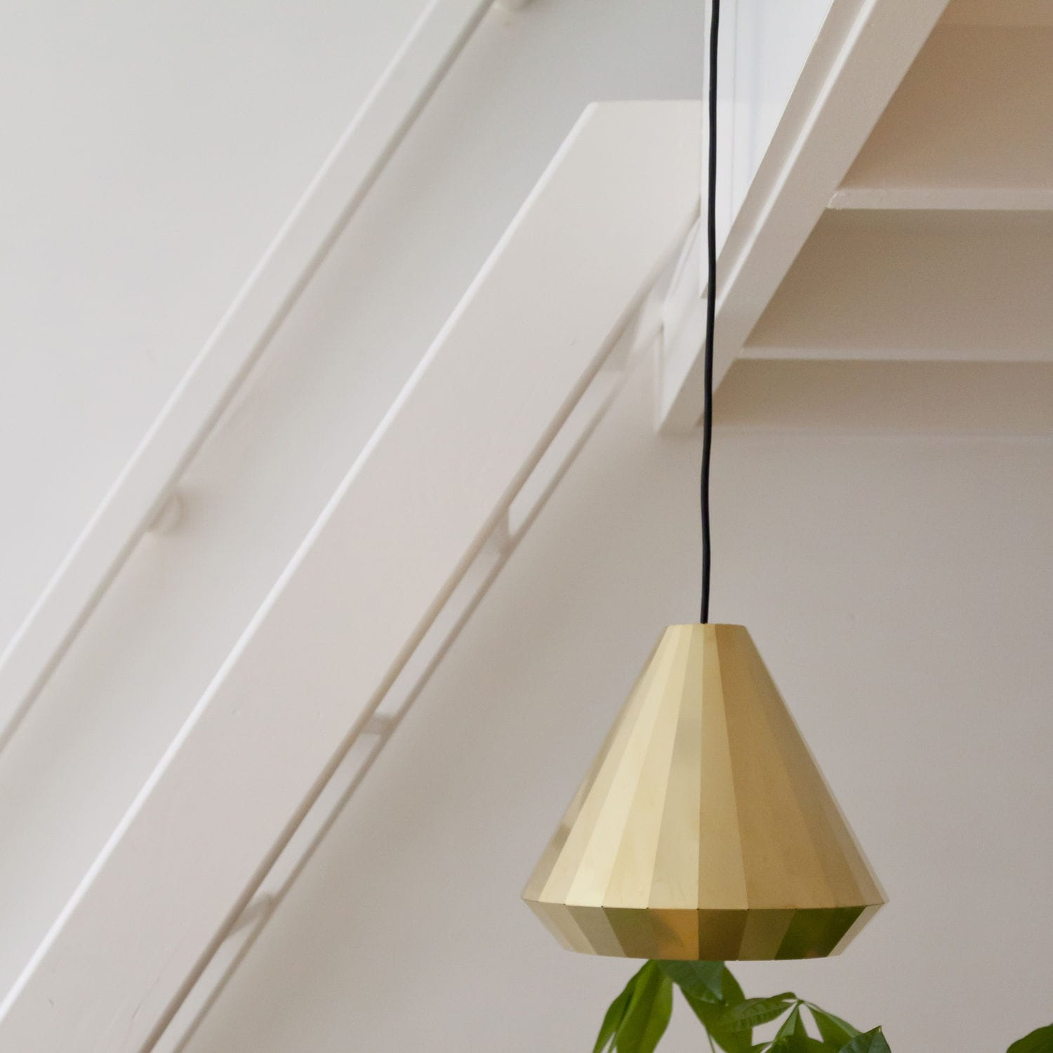 Suspension Contemporaine Brass Light By David Derksen Suspension Contemporaine En Laiton Fait Main By Vij5 Archiexpo