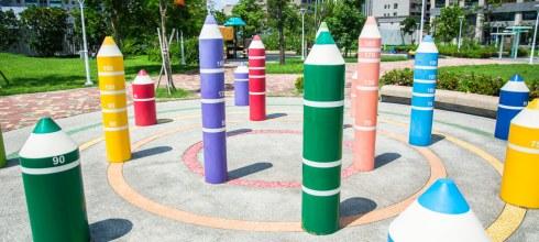  高雄景點 美術館附近隱藏著一座超可愛的鉛筆公園,秀拉兒童遊戲場