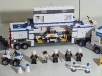 Lego City 7743 Police Command Center Mobile Truck Set ...