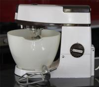 Kenwood Chef Mixer A703C + Mixing Bowl, K Beater & Whisk ...