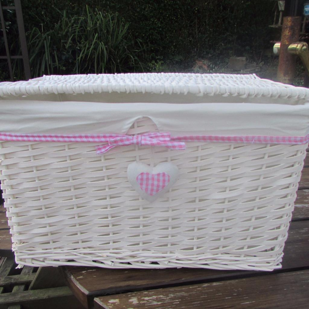 White Laundry Hamper With Lid Pink Gingham Heart White Wicker Hamper Basket With Lid