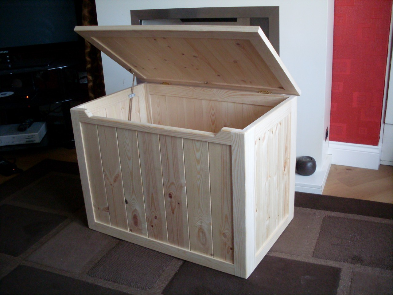 Does Bunnings Deliver Beautiful Hand Crafted Pine Wooden Toy Box Blanket Box