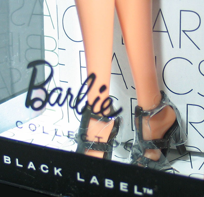 Sofa U Love Los Angeles Barbie Basics Doll Muse Model No 6 06 006 6.0 Collection 1