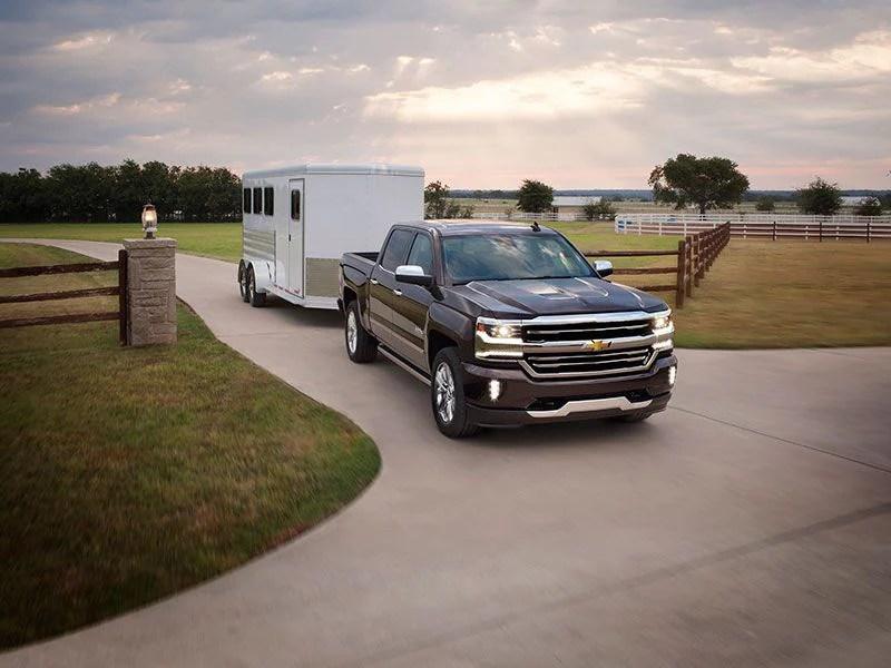 10 Best Trucks for Towing a Travel Trailer Autobytel