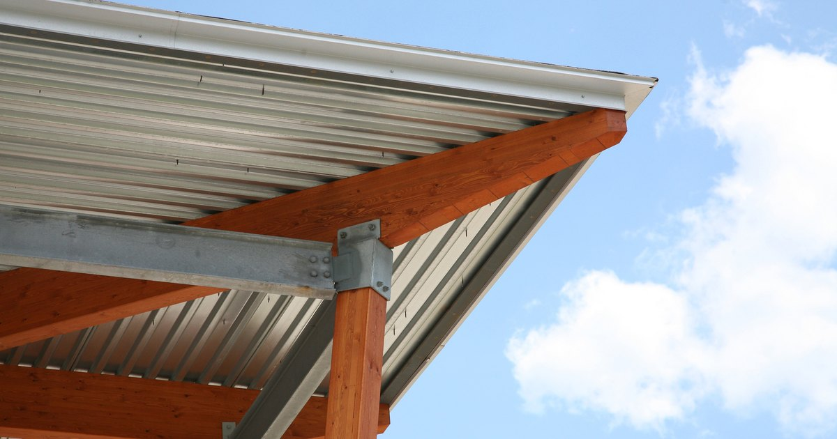 How To Install A Metal Drip Edge On A Roof Ehow Uk