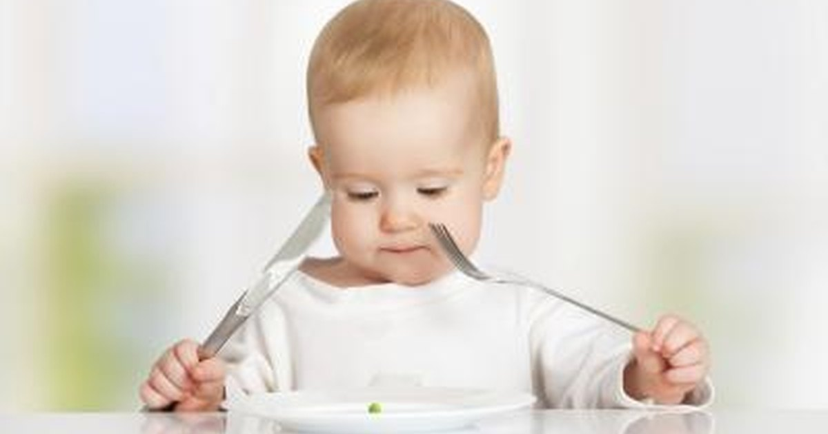 What Do I Feed My 1-year-old Now That She\u0027s Off Formula