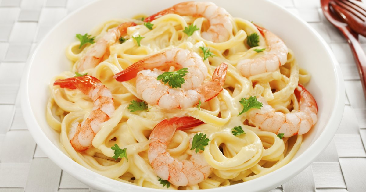 What To Put In Fettuccine Alfredo Livestrongcom
