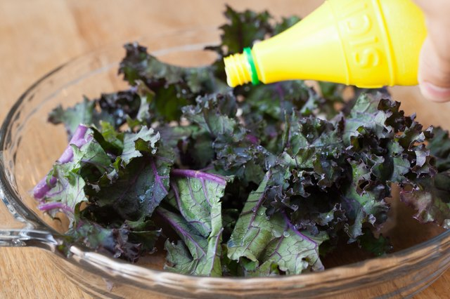 How To Cook Red Kale | Livestrong.Com