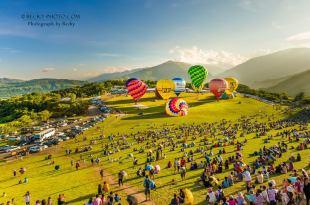 快閃熱氣球飛到「新北市板橋區」!桃園石門水庫熱氣球6月18登場 夜間音樂光雕熱氣球