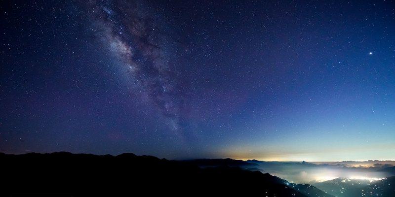 【南投】。拍攝台灣合歡山銀河日落雲海! 星空越夜越美