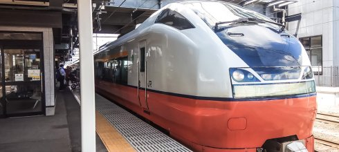 【青森】。新青森車站到弘前車站 車站餐廳置物櫃@奧羽本線