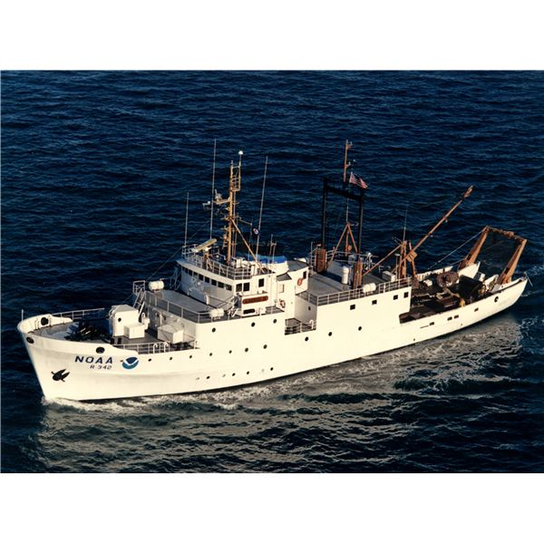Hydrographic Survey and different types of ships used as research - types of ships