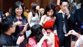 。喜喜來了。台南婚宴–敬酒片段