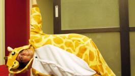 easyoga瑜伽/瑜珈馬拉松 3/26(二) Day 26–【側棒式/ Side Plank Pose】