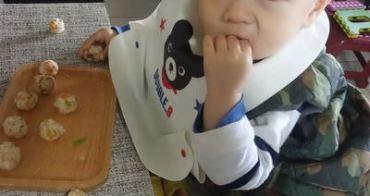 『開箱』高度隨時調,桌子隨時靠-兒童成長椅QMOMO