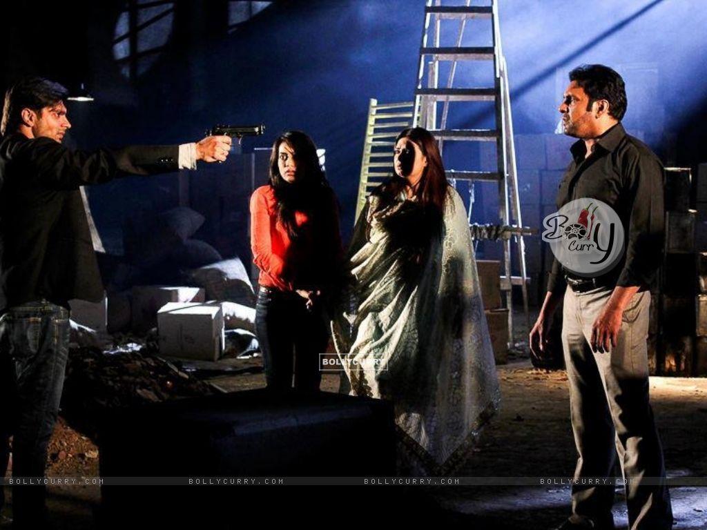 Qubool Hai Scenes