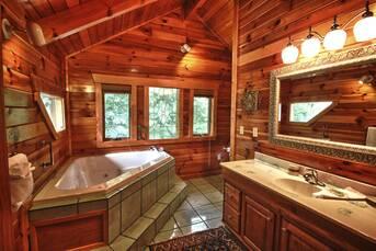 Top Floor Bathroom. at Livin' Lodge in Sky Harbor TN