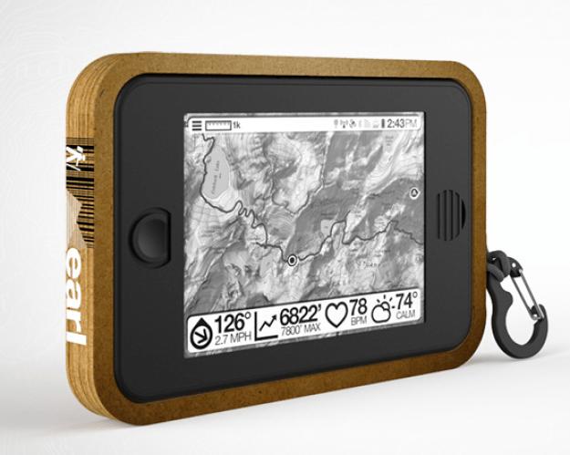 """""""Earl"""", um GPS inteligente e movido a energia solar que fornece dados de mapas em tempo real, clima e rádio de emergência."""