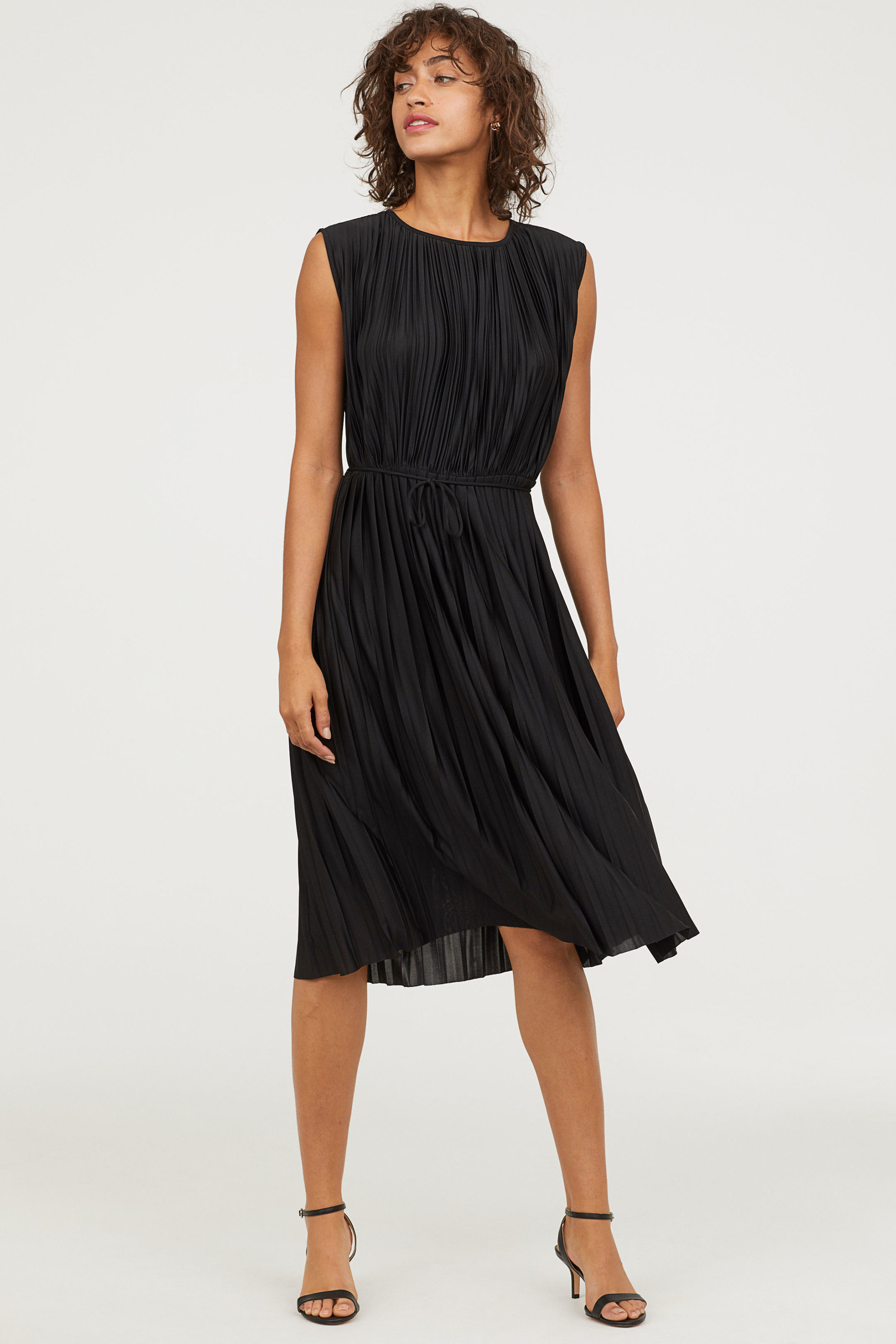 H&m Online In Usa 27 Gorgeous Dresses That Deserve To Be Danced In