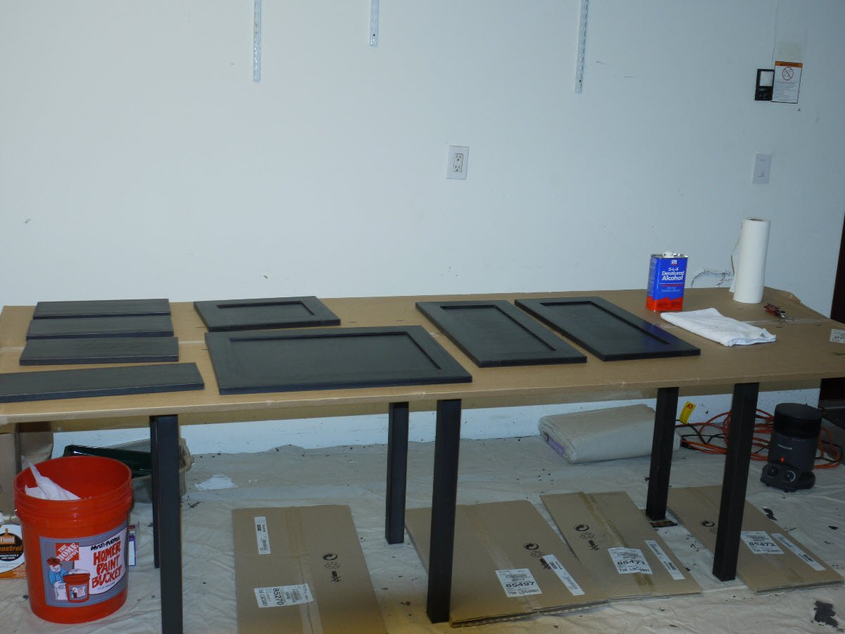 How To Prep Kitchen Cabinets For Painting Paint Kitchen Cabinets