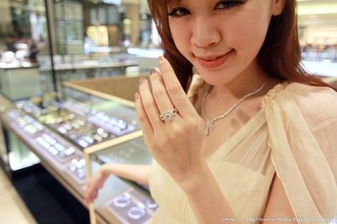 招待。我们结婚吧~周大福珠宝之101次求婚大作战!