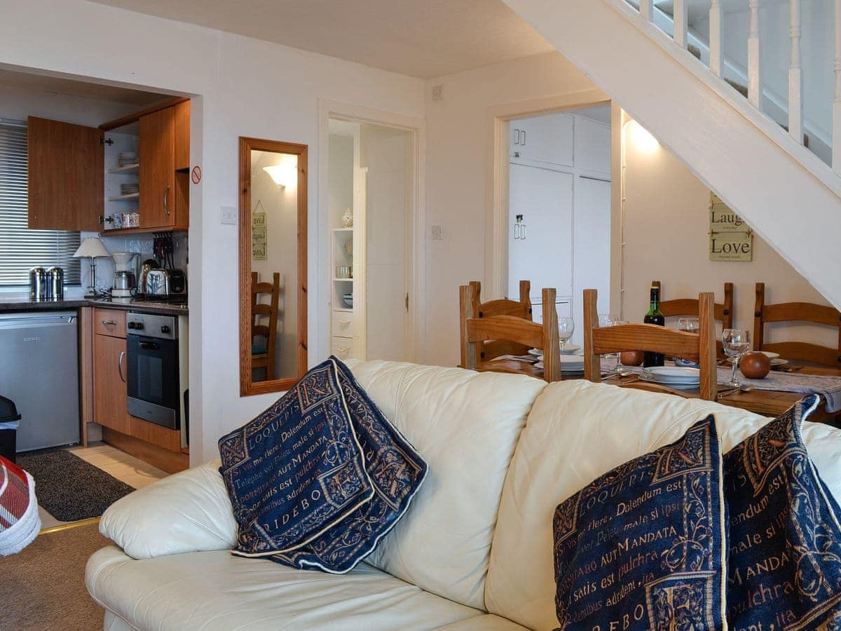 Abo Living At Home Ruach Ref Uk10400 In Gardenstown Near Macduff Aberdeenshire